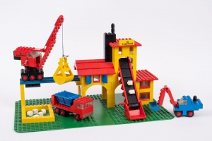 The LEGO 360 Gravel Quarry from 1974